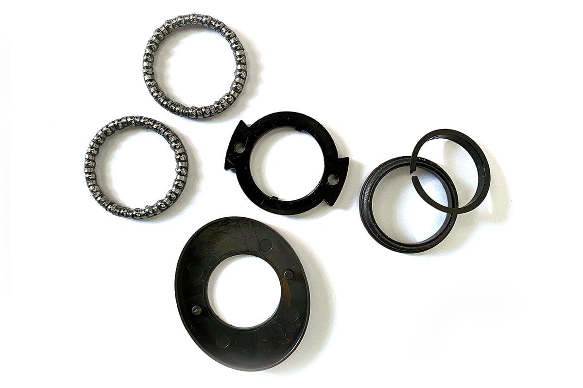 Steering bearing kit